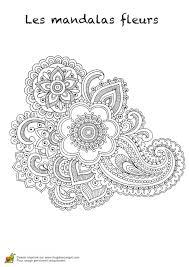 Coloriage Mandalas Fleurs Sur Hugolescargot Com