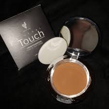 Mineral Touch Foundation Color Chart Younique Mineral Touch Cream Foundation Nwt