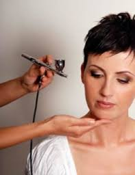 airbrush technique has gained wide pority in the beauty the fashion industry for improving features for a clean immaculate finish