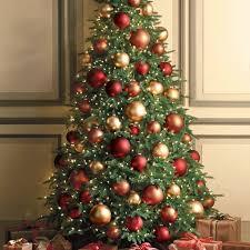 Weihnachtsbaum Grosse Christbaumkugeln Im Rot Braun Und