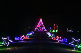 Butch Bandos Holiday Fantasy Of Lights And Santas House At