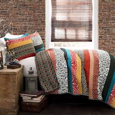 Comforters Quilts and Bedding Sets – Ease Bedding with Style & Lush Decor Boho Stripe 3-Piece Quilt Set Adamdwight.com