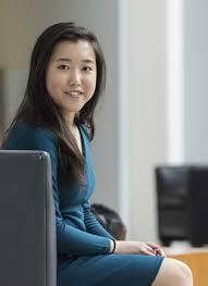 Гений математики летняя девочка заканчивает одновременно и  После окончания школы Стефани Мои собирается писать докторскую диссертацию