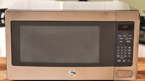 ge profile series 2 2 cu ft countertop microwave oven review this microwave has a magic on