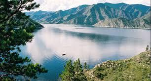 Саяно Шушенский государственный заповедник В заповеднике преобладают типичные горные ландшафты Западного Саяна Средняя высота горных хребтов здесь 1500 2000 м над ур моря отдельные вершины имеют