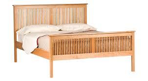 Shaker Bedroom Furniture Circle Furniture Heritage Shaker Bed Beds Boston Circle