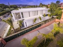 Home Designs: Mediterranean Design - Beachfront Villa