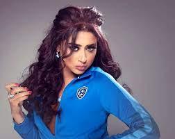 بالصور: الفنانة البحرينية شيماء سبت ترتدي الحجاب وتثير ضجة - Souk Ukkaz News