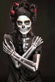 the makeup can be hauntingly beautiful or just plain haunting we found some excellent dia de los muertos makeup and costume ideas over on the everyday is