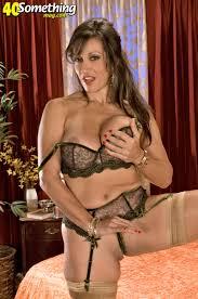 Beautiful slut licks her nipples MATURE XXX PICS
