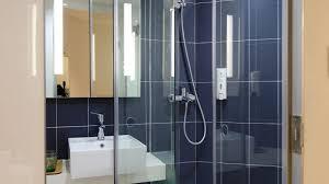 how much do custom glass shower doors cost