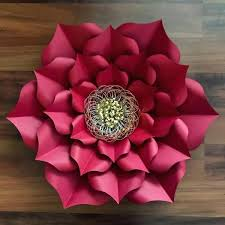 Giant Paper Flower Svg How To Make Giant Paper Roses Plus A Free Petal Template Large