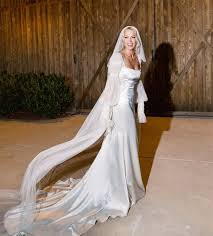 Back to 49 beautiful hilary duff wedding dress images. Famous Brides Who Rang In 2020 By Saying I Do By Bride Blossom Nyc S Only Luxury Wedding Florist Wedding Ideas Tips And Trends For The Modern Sophisticated Bride