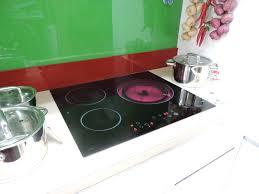 Bếp điện từ và bếp hồng ngoại loại nào tốt hơn