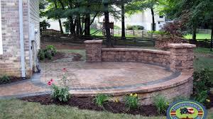 how to build a raised patio with retaining wall blocks raised patio