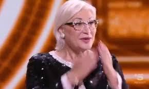 Grande Fratello, Lucia Bramieri eliminata arriva in studio ...
