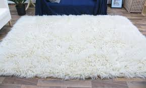 white fuzzy carpet. white shag rug (2u0027 \u2026 organize read and share what matters to you ruget fuzzy carpet o