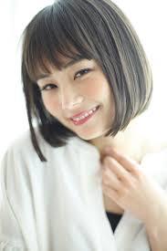 最新ヘアスタイル切りっぱなしボブ 表参道南青山の美容室美容院