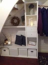 Billy ist ein regalsystem des schwedischen möbelunternehmens ikea. Garderobe Unter Der Treppe Mit Kallax Ikea Garderoben Ideen Schrank Unter Treppe Garderoben Unter Treppen