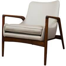 modern armchairs  surripuinet