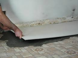 Tiling A Kitchen Floor How To Install A Tile Floor In A Kitchen How Tos Diy