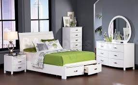 full size bedroom sets white. Modern Teenage Bedroom With White Wooden Platform Bed Full Size, 6 Drawer Lacquer Dresser Size Sets E