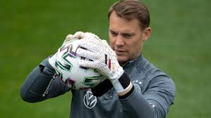 Join the discussion or compare with others! Landerspiel Jubilaum Manuel Neuer Im Klub Der Hunderter Br24