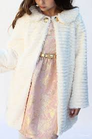 luxe fur coat pattern and sewing tutorial free and so pretty