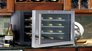 emerson fr24sl 8 bottles wine cooler with thermal glass door stainless stee