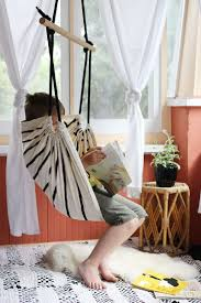 chair with stand make a hanging chair hanging tree swing chair hanging pod hammock how to make a hammock chair