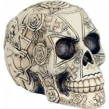 Dekorační Lebka S Motivy Růží A Křížů Mysticum