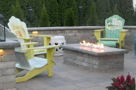 Fire Table On Paver Patio Landscaping Outdoor Kitchens Outdoor