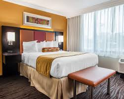 Nashville Hotels With 2 Bedroom Suites Clarion Hotel Nashville Downtown Stadium 2017 Pictures Reviews