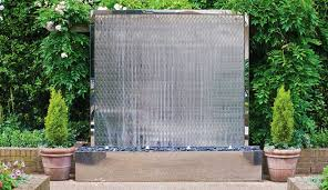 petal water wall as the central garden feature