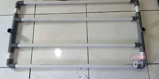 Jemuran baju lipat sering digunakan khususnya bagi rumah tangga yang memiliki kapasitas ruang rumah cukup sempit. Kurang Dari Rp 50 Ribu Ini 4 Langkah Bikin Jemuran Baju Dari Pipa Paralon Rumah123 Com