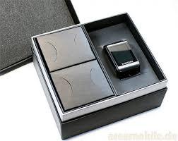 Samsung S9110: Das Uhrenhandy im Unboxing