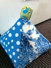 Fabric Door Stop ~ How to make your own fabric door stop with free ...