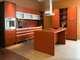 Kitchen Cabinet Color Schemes