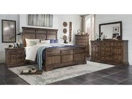 Broyhill Furniture Pike Place3 Piece Bedroom Set