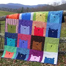100 Things to Do with an Applique Pattern | Shiny Happy World & One-Block Quilt Adamdwight.com