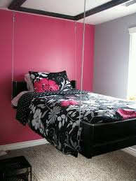 Hot Pink And White Bedroom Ideas 2
