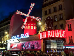 Moulin Rouge Review An Honest Recap Dress Code Style Guide
