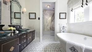Klassisches Badezimmer Holz Marmor Metro Deco Clive Christian