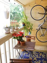 14 functional tiny apartment balconies