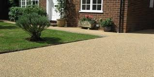 resin bonded and resin bound gravel
