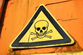 Hasil gambar untuk ilustrasi berbahaya