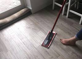 laminate archives avoid floor flaws pick the right mop for your laminate bona laminate floor mop