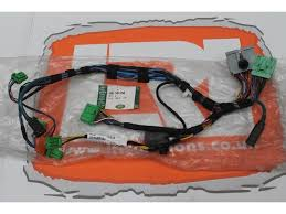 buy new land rover discovery 3 dash to centre console wiring more views new land rover discovery 3 dash to centre console wiring harness ymh501350