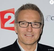 Passionné de théâtre, il décroche plusieurs rôles sur scène dès les années 2000. Laurent Ruquier S Est Pacse Purepeople