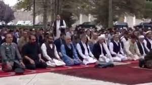 بالفيديو.. لحظة الهجوم على القصر الرئاسي بكابول أثناء صلاة العيد